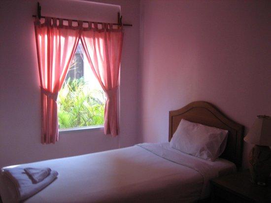 Seabreeze Hotel Kohchang: Номер.