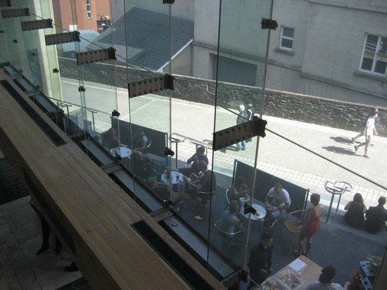 Millennium Forum : Outdoor seating