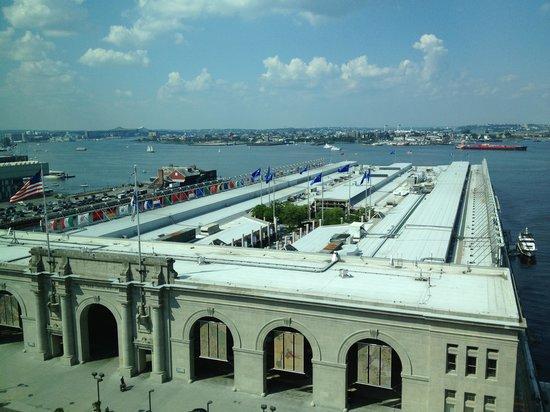 Seaport Boston Hotel: Bay View -- World Trade Center