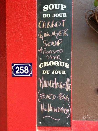 Angus' Cafe Bistro: Menu Outside - Specials