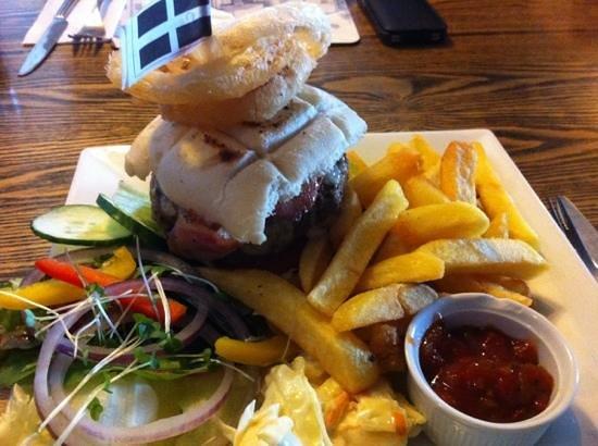 The Napoleon Inn: best burger ever!