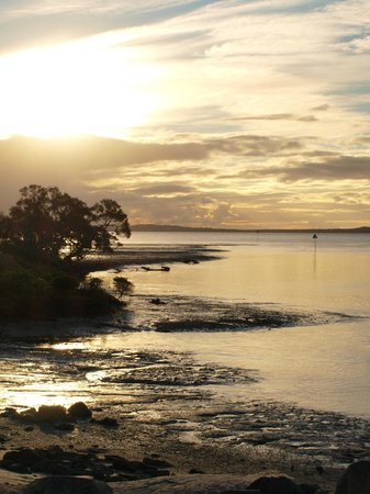 Fraser Experience Tours: Leaving Fraser Island at sunset