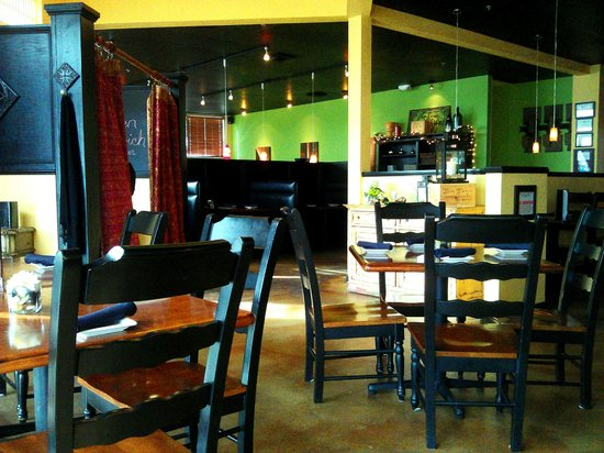 Ambrosia Bistro and Wine Bar : Dining Room