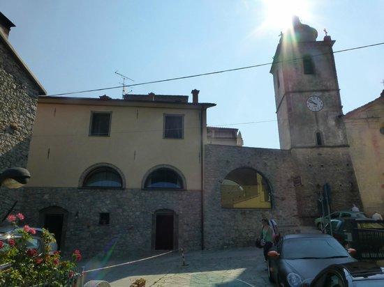 La Campana d'Oro: The hotel next to the church