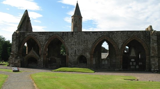 ‪Fortrose Cathedral‬