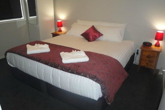 Matariki Motor Lodge: Super king beds in all Executive units