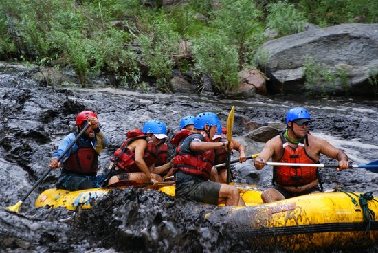 "A-1 Wildwater Rafting: ""Blackwater rafting"""