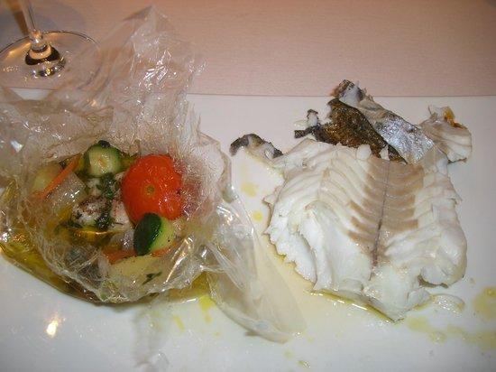 Alborada: lubina con verduras en fata
