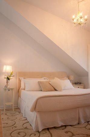 Millbrook Village Inn: Room 1
