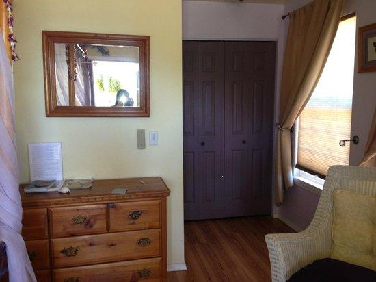 Penny's Place Inn Paradise: eha room