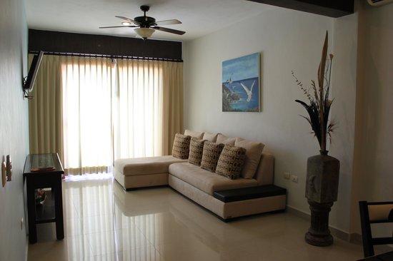 Hotel Kinich: Livingroom