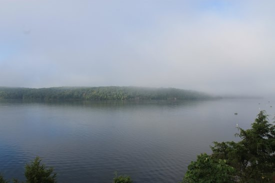 WorldMark Lake of the Ozarks: morning view