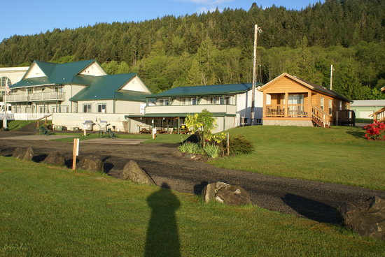 The Waterfront at Potlatch Resort: Motel, Cabins, RV Sites