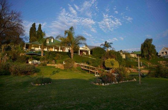 Yotclub B&B: lindo jardim