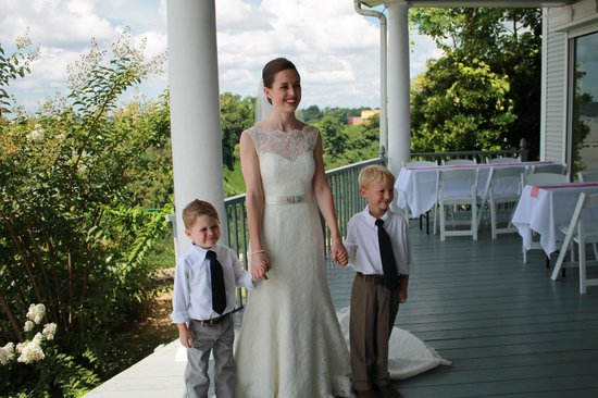 The Briars Bed and Breakfast: Bride and Ring Bearers on the porch