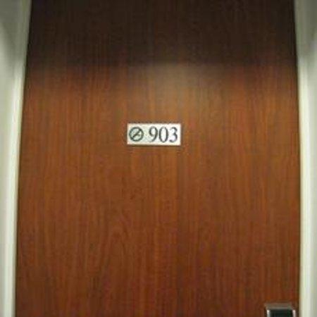 Century Hotel: 903号室