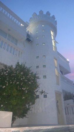 Hotel Boutique Le castel blanc: Lindo