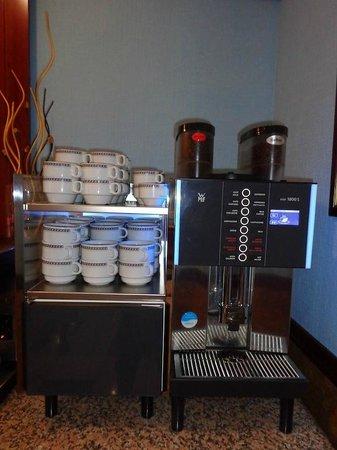 Hotel Monte Triana: Breakfast Buffet Coffee