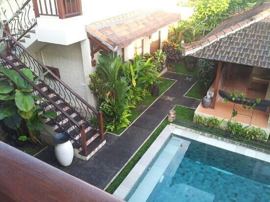 Munari Resort & Spa: piscina