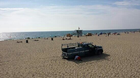 Hermosa Beach Pier : oops.  I knew we should not have let Marge drive