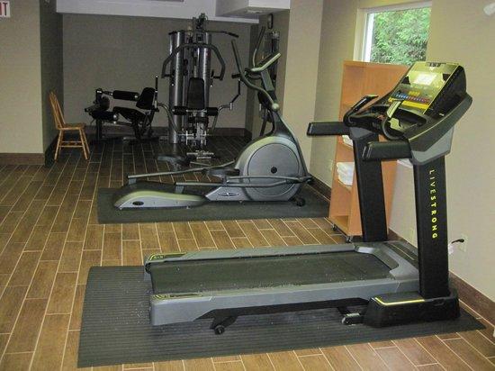 Sleep Inn: exercise equipment