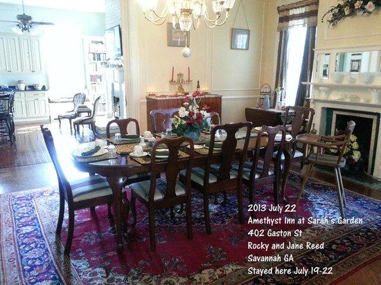 Amethyst Garden : Yummy Yummy room