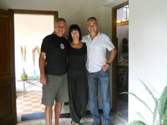 Casa Hernandez: Alex, Reyjka y quien les escribe!