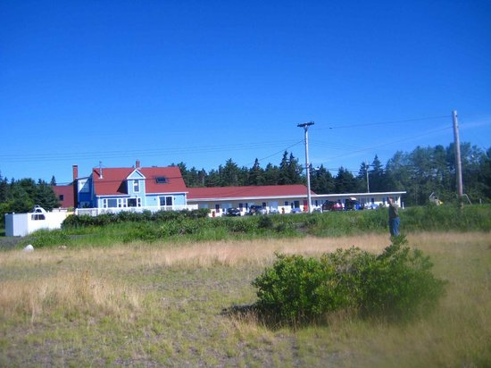 Atlantic View Motel & Cottages: Atlantic View Motel (cottages not shown)