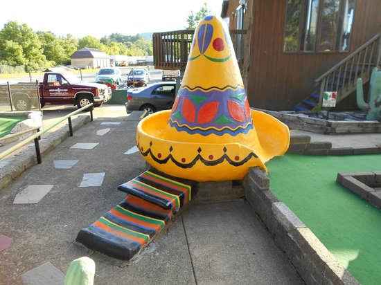 Around the World Miniature Golf : A colorful sombrero decorates this hole.