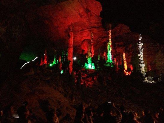 Yellow Dragon Cave: July 2013