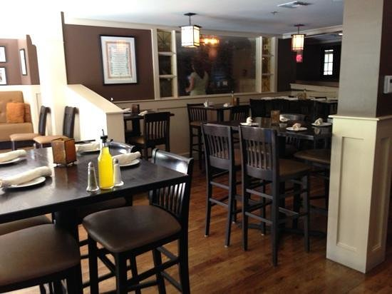 Mazzeo's Ristorante : One of the dining areas.