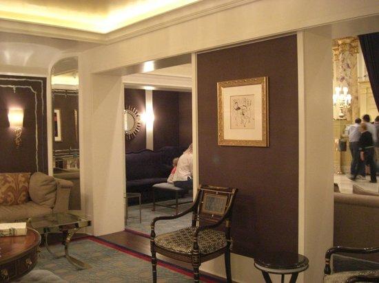 Fairmont Copley Plaza, Boston: Sitting area - lobby