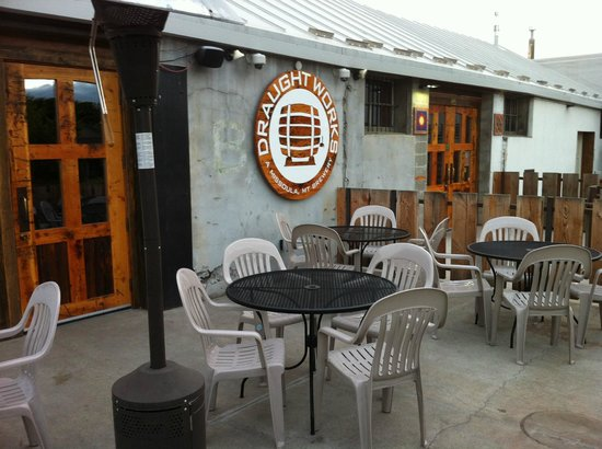 Draught Works Brewery: the patio