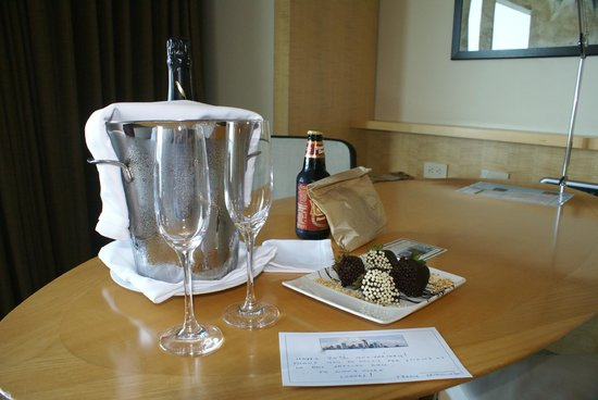 Four Seasons Hotel Seattle: anniversary greetings at the Four Seasons upon arrival