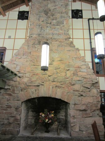 Fireplace In Ptarmagin Dining Room Picture Of Many Glacier Hotel