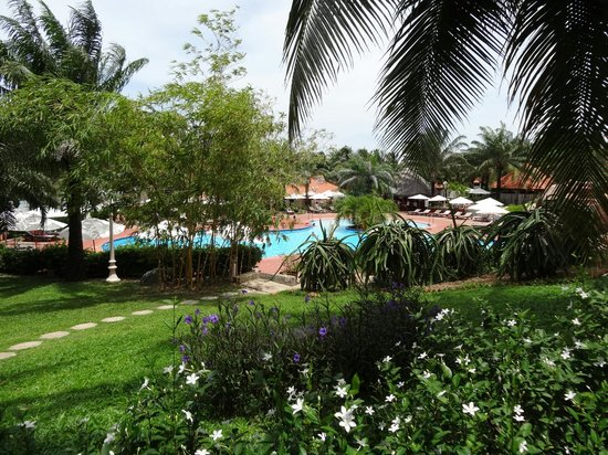 Phu Hai Beach Resort & Spa: swimming pool