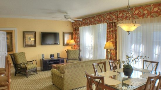 Royal Dunes Resort: Family Room