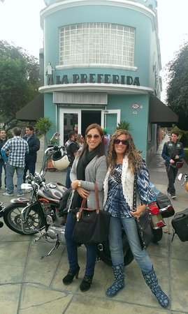 in front of Restaurant La Preferida in Miraflores