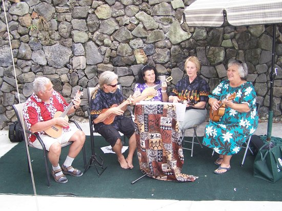 Coffee and Epicurea: Uke Jam Session @ Coffee & Epicura