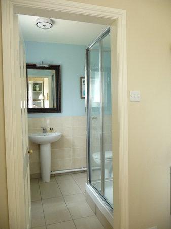 Croft House : Spacious & modern en-suite facilities