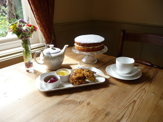 Croft House : Afternoon tea and home-made cakes on arrival