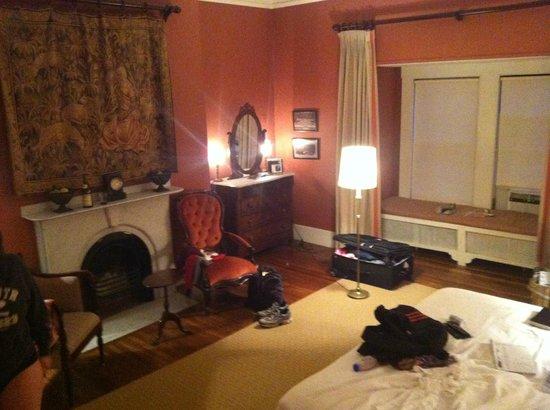 The College Club of Boston: Room on top floor