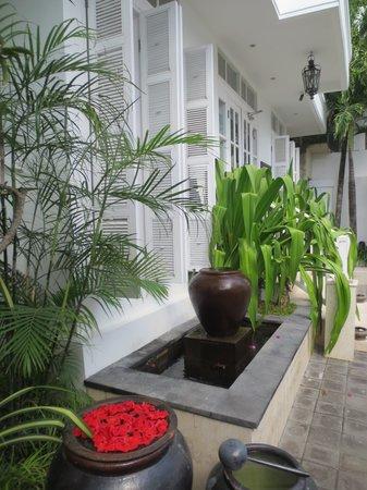 The Colony Hotel Bali : The reception area