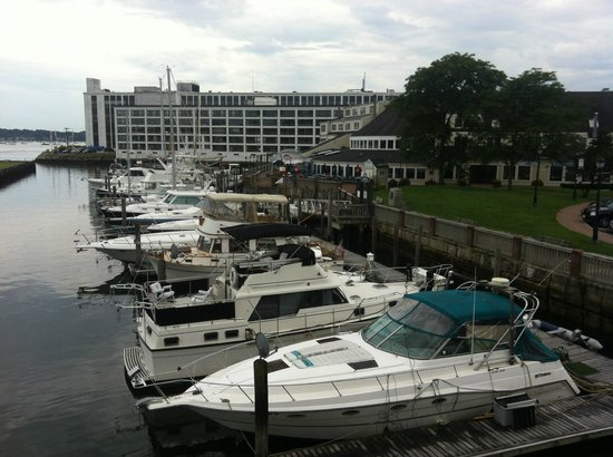 Capt's Waterfront Grill : View of the harbor from the second level