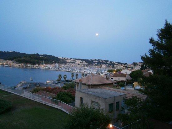 Maeva Résidence Les Jardins de la Côte d'Azur : Veduta del porto dalla camera