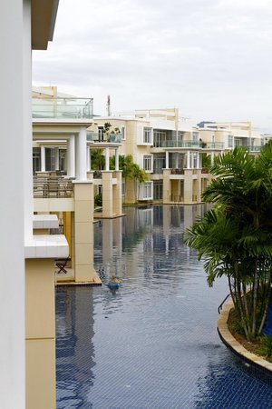 Blue Lagoon Resort Hua Hin: 1250 meter pool WOW