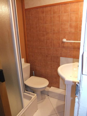 Ajoupa Apart'hotel Nice : Ванная комната