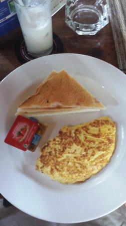 Rib Restaurant : Plain omelet