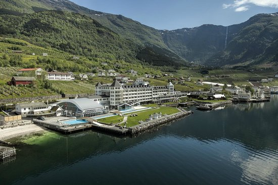 Hotel Ullensvang - View from the fjord