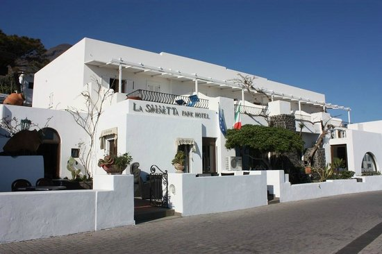 La Sirenetta-Park Hotel: Hotel front